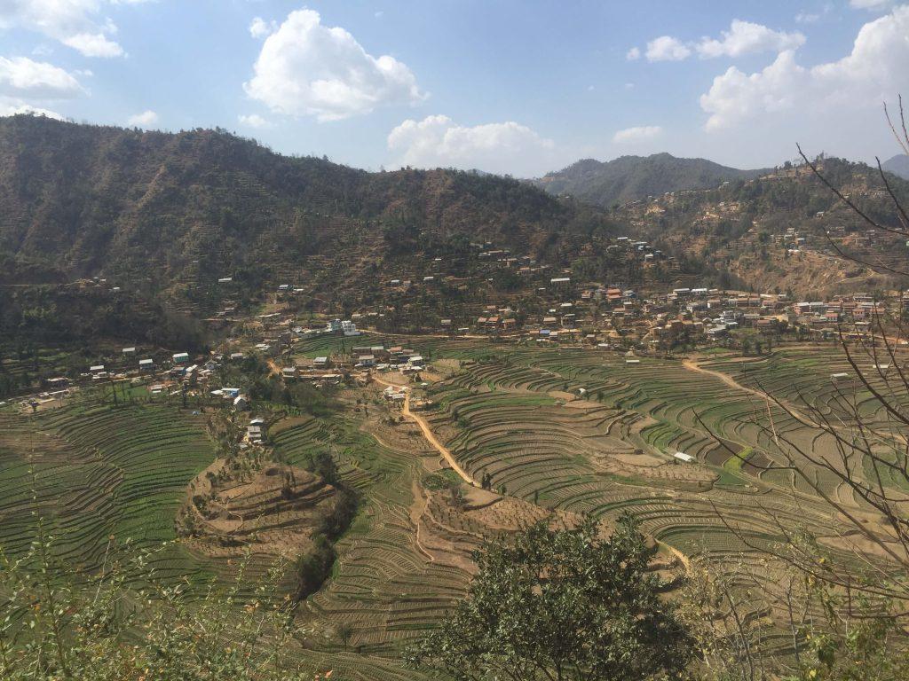 Kathmandu vallei trekking – uitzicht op de terrasvelden in Balthali