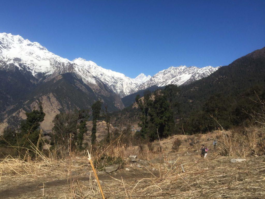 Tamang Heritage trekking – prachtig zicht op de Langtang keten tijdens de trekking