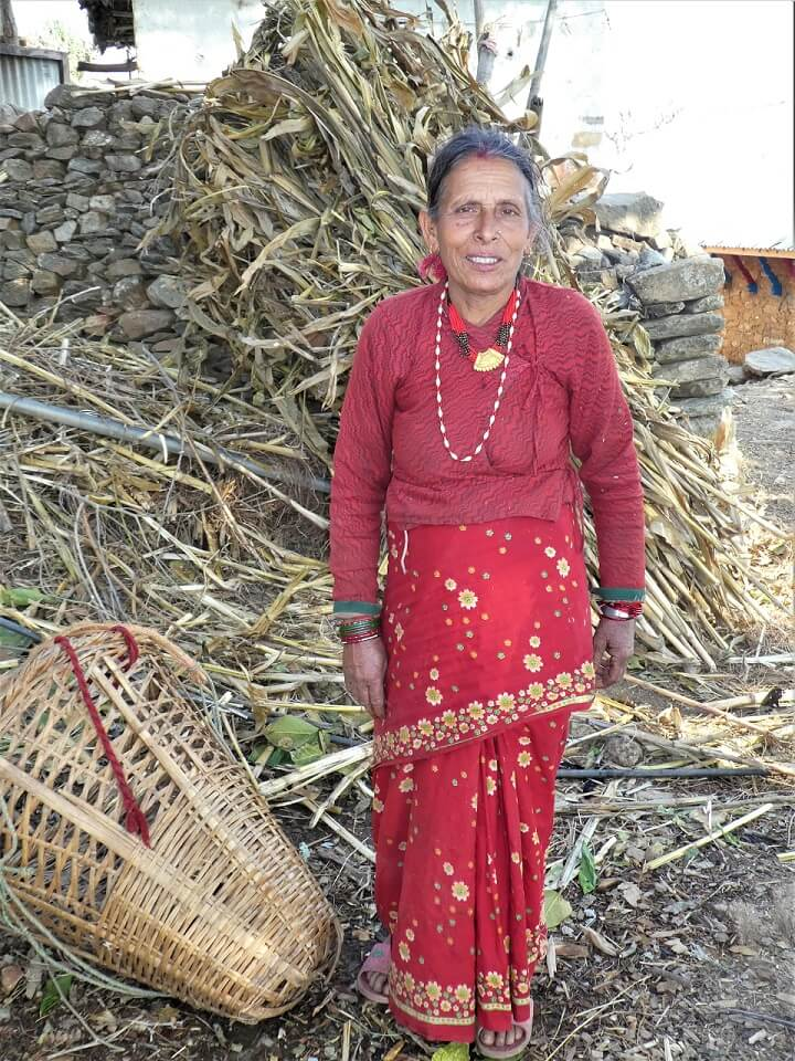 Indigenous people trek – lokale vrouw aan het werk