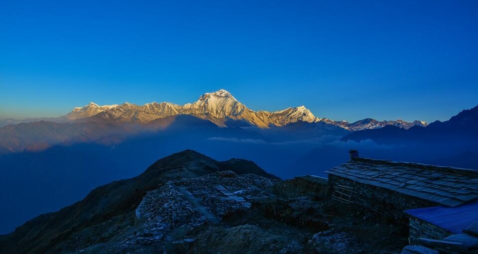 Khopra Ridge trek – zonsopgang vanop Khopra Ridge