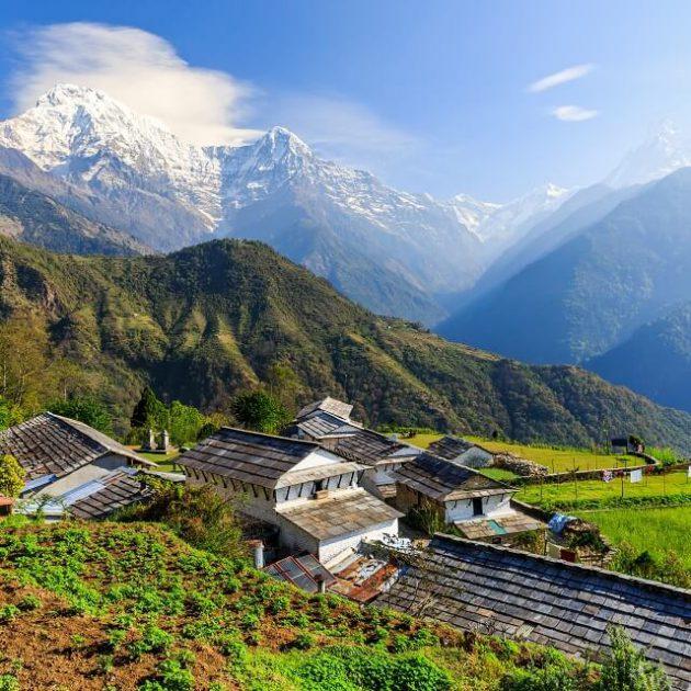 Khopra ridge trek - prachtig zicht op de Himalayas