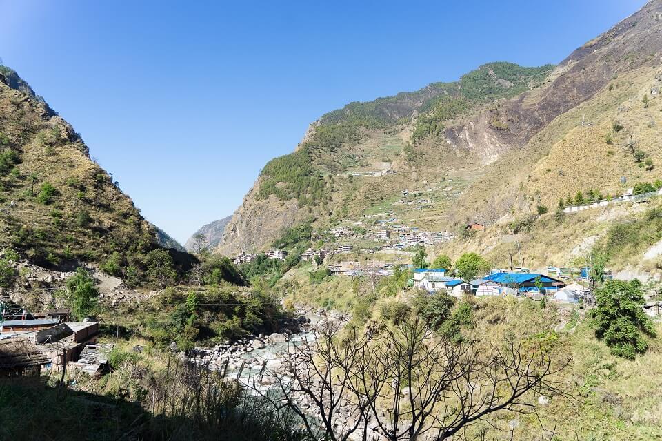 Langtang vallei trekking – dorpje tijdens de trekking